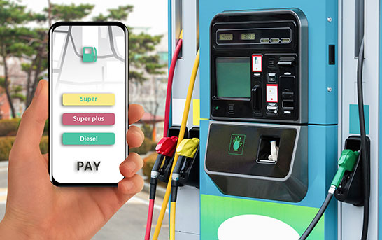 Mobile application for contactless payment at a gas station